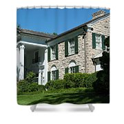 Graceland Home Of Elvis Presley, Memphis, Tennesseen Shower Curtain