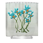 Bla Blomst Shower Curtain