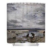Kalksteinsammlerinnen Im Isarbett Shower Curtain