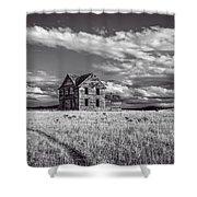 King Homestead_bw-1601 Shower Curtain