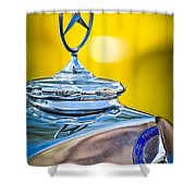 Mercedes-benz Hood Ornament - Emblem -0961c Shower Curtain