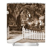 Mossy Live Oak And Picket Fence Shower Curtain