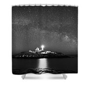 Nubble Lighthouse Milky Way Pano Bw Shower Curtain