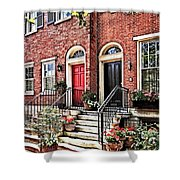 Philadelphia Pa - Townhouse With Red Geraniums Shower Curtain