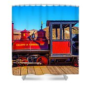 Red Calico Odessa Rr Shower Curtain