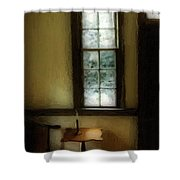 Sitting Room Spring Rain Shower Curtain