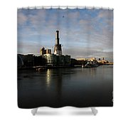 Thamse Waterfront - London Shower Curtain
