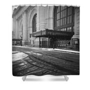 Union Station Kansas City In The Snow Shower Curtain