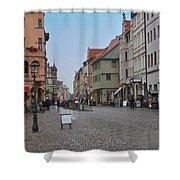 Village Stadt Shower Curtain