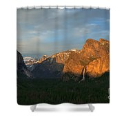 View Of Yosemite Valley From Tunnel View Point At Sunset Shower Curtain