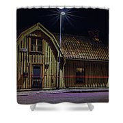 Old House #i0 Shower Curtain by Leif Sohlman