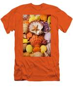 Pile Of Seashells Men's T-Shirt (Athletic Fit)