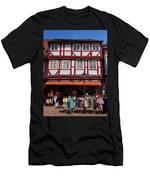 Anno 1628 Men's T-Shirt (Athletic Fit)