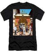 Doorway In Bhaktapur Durbar Square In Bhaktapur-nepal Men's T-Shirt (Athletic Fit)