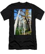 Huge Tree Covered In Toilet Paper Men's T-Shirt (Athletic Fit)