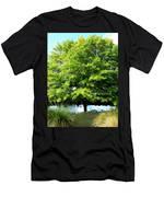 Trunk Unseen Men's T-Shirt (Athletic Fit)