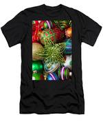 Green Star Christmas Ornament Men's T-Shirt (Athletic Fit)