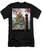 St. Petersburg Men's T-Shirt (Athletic Fit)