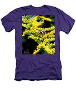 Bee In The Rawweed Men's T-Shirt (Athletic Fit)