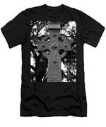 Celtic Cross In Emmet Park Men's T-Shirt (Athletic Fit)