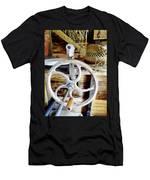 Farm Equipment Corn Sheller Men's T-Shirt (Athletic Fit)