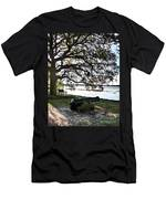 Old Cannon By The Sea Men's T-Shirt (Athletic Fit)