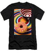 Sprinkled Donut On Circle Plate With Bowl Men's T-Shirt (Athletic Fit)
