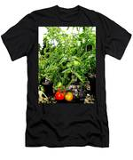 Tomatoes On The Vine Men's T-Shirt (Athletic Fit)