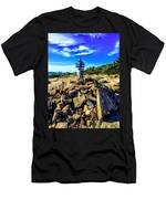 Cadillac Cairn Men's T-Shirt (Athletic Fit)