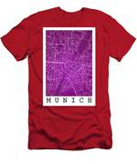 Munich Street Map - Munich Germany Road Map Art On Colored Backg Men's T-Shirt (Athletic Fit)