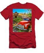 Red Pickup Truck At Santa Fe Men's T-Shirt (Athletic Fit)