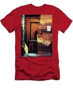 Between Men's T-Shirt (Athletic Fit)