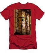 Gate - Alcazar Of Seville - Seville Spain Men's T-Shirt (Athletic Fit)
