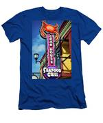 The Crab House Seafood Grill Men's T-Shirt (Athletic Fit)
