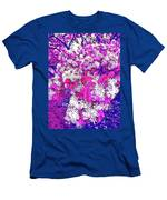 Waxleaf Privet Blooms On A Sunny Day With Magenta Hue Men's T-Shirt (Athletic Fit)