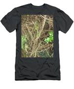 Camera Peak Thru Nature Buy Faa Print Products Or Down Load For Self Printing Navin Joshi Rights Man Men's T-Shirt (Athletic Fit)