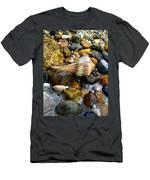 bb Men's T-Shirt (Athletic Fit)
