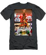 Christmas In The Train Station Men's T-Shirt (Athletic Fit)