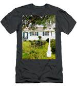 Cozy Little Back Yard Terrace With Table And Chair Men's T-Shirt (Athletic Fit)