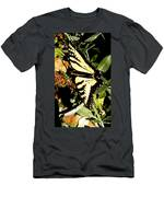Moveonart Yellowbutterflyfriend Men's T-Shirt (Athletic Fit)