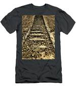 Old Dried Leaves Men's T-Shirt (Athletic Fit)