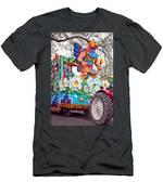 Rex Mardi Gras Parade V Men's T-Shirt (Athletic Fit)