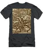 Angel Oak Drama In Vintage Sepia Men's T-Shirt (Athletic Fit)
