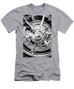1963 Chevrolet Corvette Split Window Wheel Emblem -478bw Men's T-Shirt (Athletic Fit)
