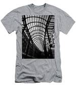 Hay's Galleria Men's T-Shirt (Athletic Fit)
