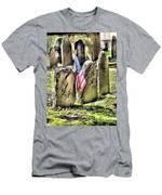 King's Chapel Cemetery  Men's T-Shirt (Athletic Fit)