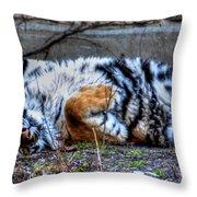 009 Siberian Tiger Wubb Me Bellwee Poweesh Throw Pillow