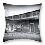 0706 Jerome Ghost Town Black And White Throw Pillow