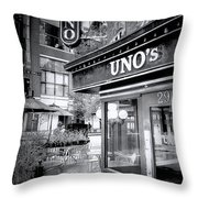 0748 Uno's Pizzaria Throw Pillow