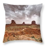 0883 Monument Valley Throw Pillow